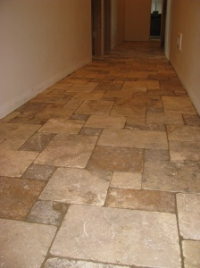 Tumbled Travertine Floor Asymmetrical Setting